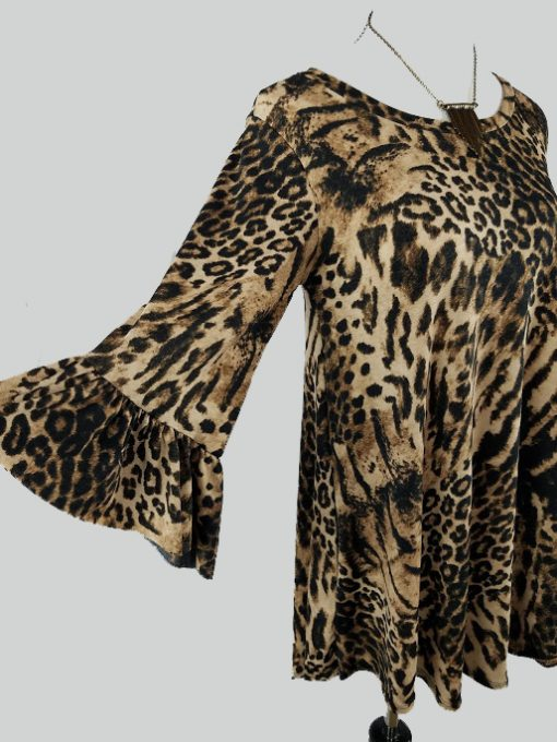 tunic top, blouse, prints, conceal